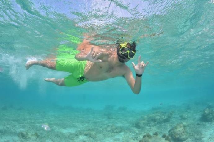 snorkeling-02.jpg